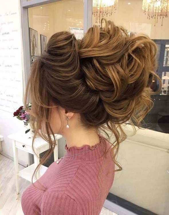 Lovely loose messy updo wedding hairstyle to inspire you