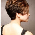 Most flattering short hairstyles for round faces