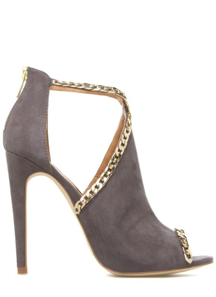 Yvonna #Heels I bought these exact shoes but in black and for $ 13! High class stiletto heels