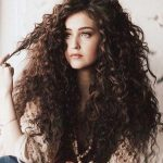 Charming curly hair styles for long hair