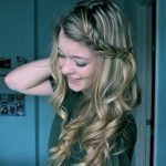 Cute and easy hairstyles for medium hair trends