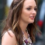 Cute hairstyles for girls with long straight hair