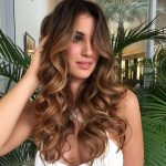 Ideas for curly hair Chocolate brown and brown honey for brunettes