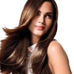 The simple and smooth hairstyle always has fashion and will continue to take its place.
