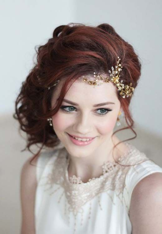 These powerful wedding hairstyles are really impressive with delicious braids and shiny hairpieces!