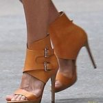 30 stunning high-heeled shoes for women who walk in …