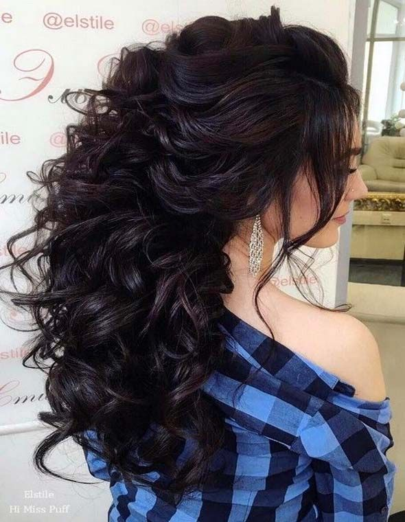 Take ideas from Estile wedding hairstyles for your inspiration