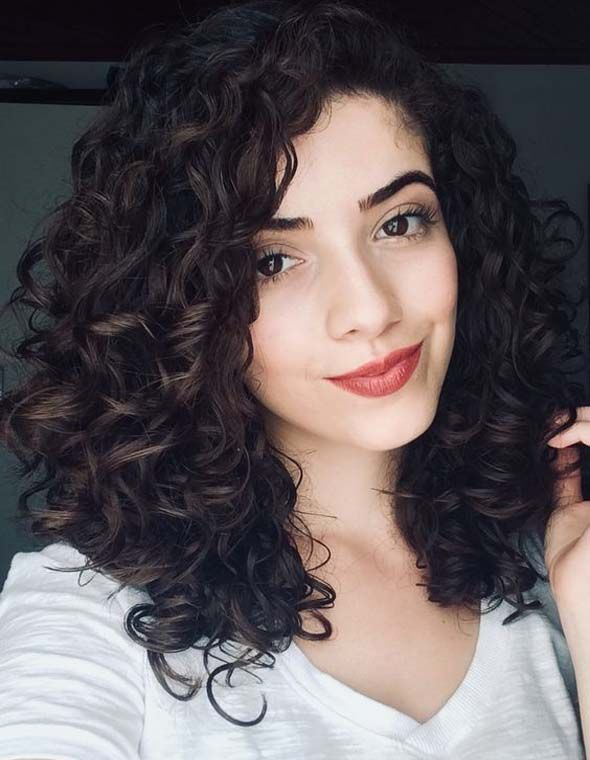 This curly hair routine is a must for any curly girl who is trying to follow the girly girls method,
