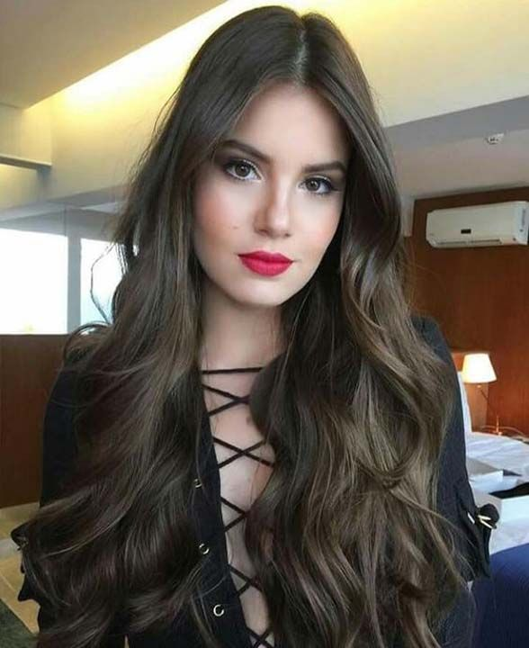 Cool long curls fashionable hairstyle 2019