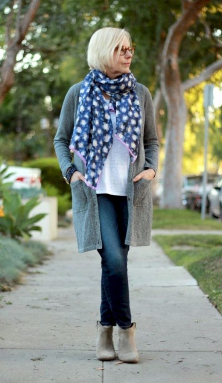 42 casual outfits for women over 40