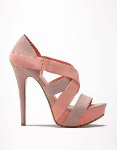 Bershka Portugal – Combined Bershka sandal color