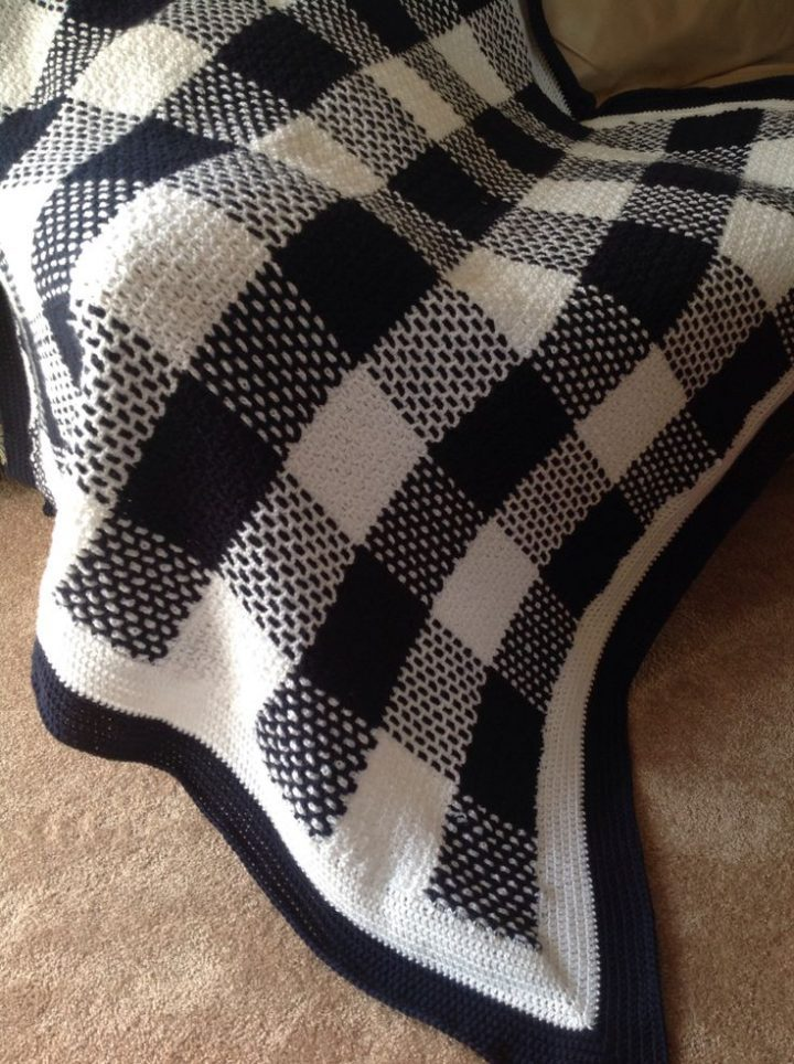 Tartan crochet blanket. I love the