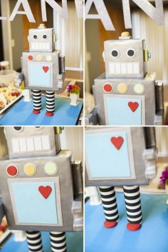 Welcome baby surprise themed robot | Baby Showers