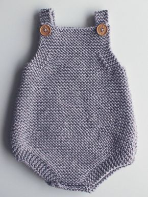 Free knitting pattern for easy baby Romper