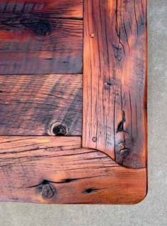 Beautiful corner table gives this retro table | WoodWorking