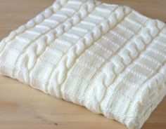 Easy weave pattern for baby blanket – Instructions for 3 sizes – Easy beginner blanket with cables | Knitting Patterns