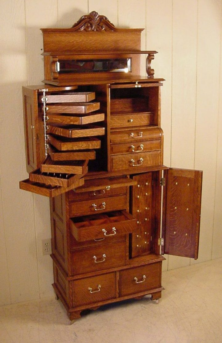 This has to be one of the coolest cabinets I've seen! American Cabinet Co. Oak Dental Cabinet # 54 | WoodWorking