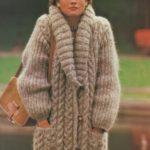 Instant digital download in PDF Vintage knitting pattern Ladies long large size Loose fit Aran Shawl Shawl 3/4 coat knit jacket | Knitting Patterns